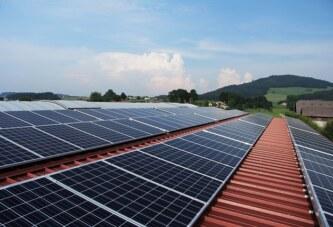 Forskare räknar med fortsatt prisfall på solceller