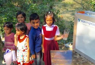 Vatten renas med solceller
