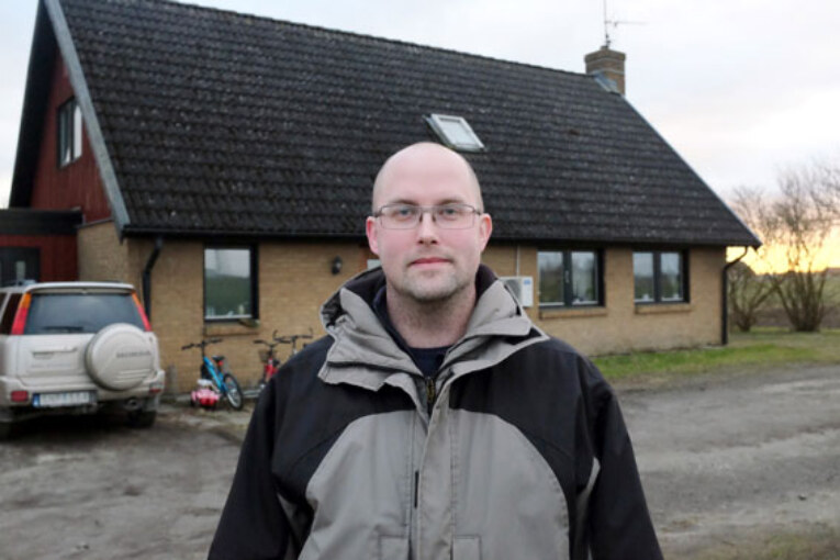 Rikard Willman har bytt ut värmesystemet i sitt hus, från dyr elvärme till billig jordvärme