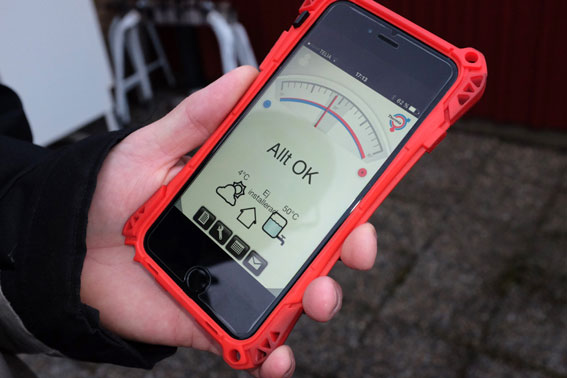 Rikard håller numera koll på uppvärmningen via Thermia online, en app i sin smartphone.