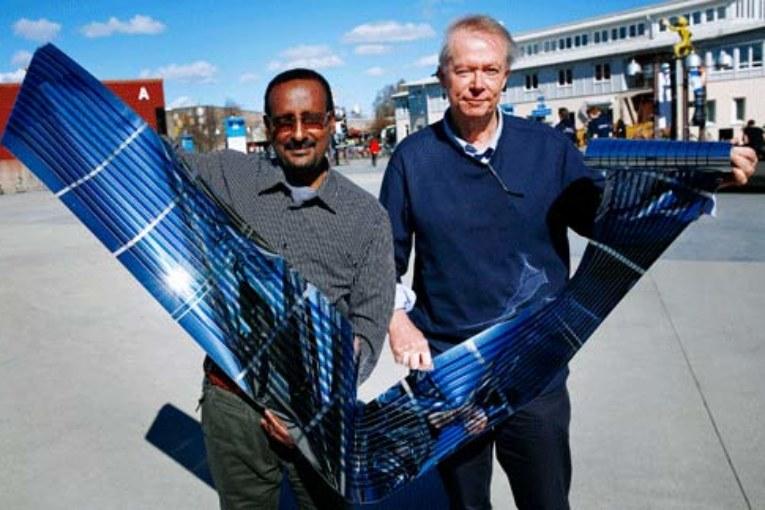 Solcellsmaterial av plast kan göras ännu billigare och driftsäkrare.